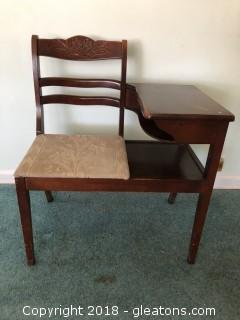 Vintage 1940's Drexel Gossip Bench or Telephone Table