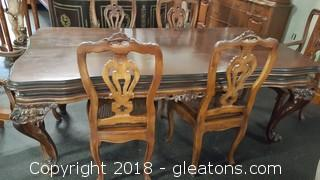 Gorgeous Italian Dining Table with 6 Chairs