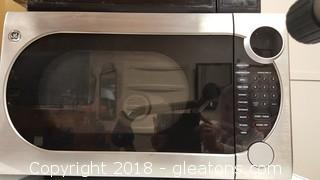 GE Stainless Microwave/Convection Oven