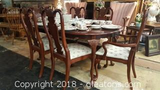 American Drew Excellent Condition Table + 6 Chairs