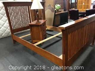 Queen Headboard/Footboard W/Slats (A)