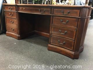 Hooker Executive Desk (B)