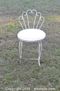 Vanity Seat With Cushion Vintage