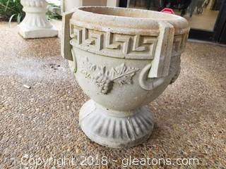 Small Patio Concrete Planter(B)