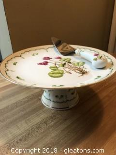 Porcelain Cake Plate with matching cake cutter
