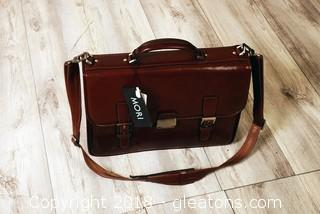 "Large ""New"" With Tags Vantaggio Dispatch Briefcase"