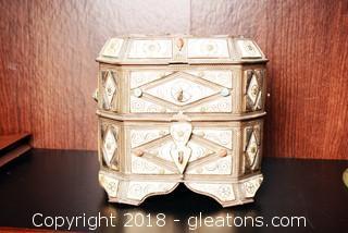 Vintage Italian Trinket/Jewelry Box