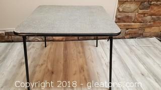 Foldy Table