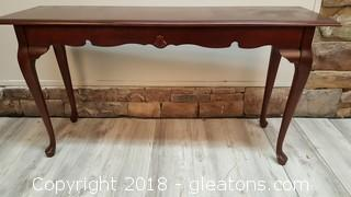 Long Nice Wooden Sofa Table With Shell Detail