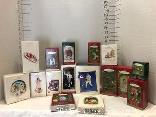 Hallmark Ornaments LOT D