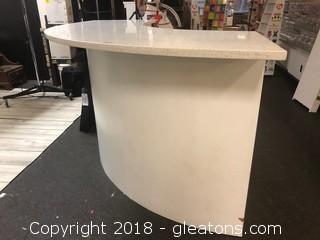 Custom Quartz Wrap Around Counter Point Of Sale Station
