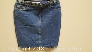 Vintage Size 10 Tommy Hilfiger Denium Skirt