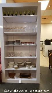 Very Nice Commercial Adjustable Shelving 6 Shelf Display Case