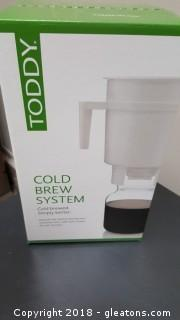 """Toddy"" Cold Brew System"