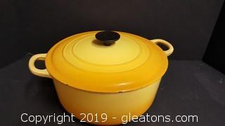 6 qt Le Creuset Round Dutch Oven Pot/Yellow