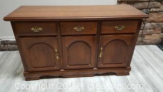 Fantastic Side Board/Entry Cabinet