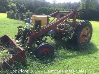 John Deere 620 64 Tractor