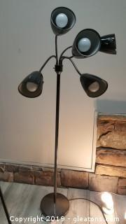 (5) Light Floor Lamp Movable Arms