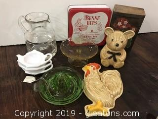 Lot of 1950's Kitschy kitchen items