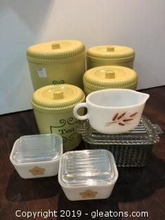 Vintage 50's lot of Pyrex and 50's Stuff