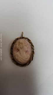 10kt Gold Angel Skin Cameo Pin Or Pendant With Pearls