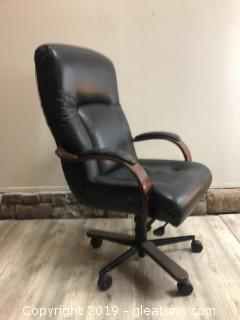 Hiback Leather Office Chair