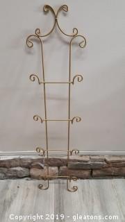 Gold Metal (4) Plate Wall Hanger/Holder