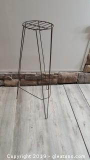 Metal Wire Plant Stand