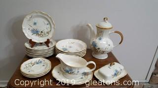 "Set Of Vintage ""Mikasa"" Blue Daisies"