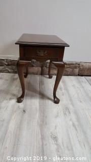 Small Pennsylvania House End Table/Side Table