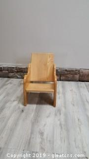 Nursery Furniture Chair Commercial Grade (B)