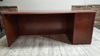 Large Nice Wood Like Office Desk