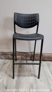 "Retro Large Seat Metal Leg Bar Stool 30"" High"