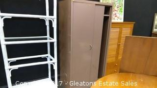 METAL CABINET WITH SHELF