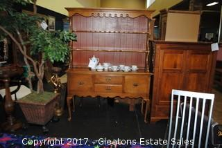 QUEEN ANNE STYLE SIDEBOARD/SERVER BUFFET WITH CHINA HUTCH