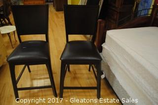 PAIR OF COUNTER HEIGHT BAR STOOLS