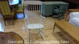 WOOD WHITE ROCKING CHAIR