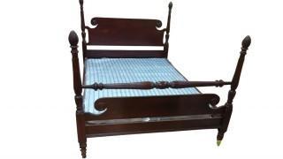 CHERRY FULL PINEAPPLE POST BED