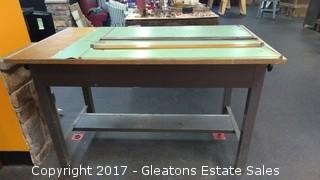 ARTIST DRAWING TABLE WITH A SECOND BOARD