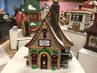 Christmas Village Popcorn & Cranberry House